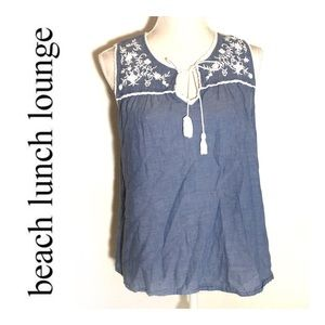 Beachlunchlounge Chambray Embroidered Top